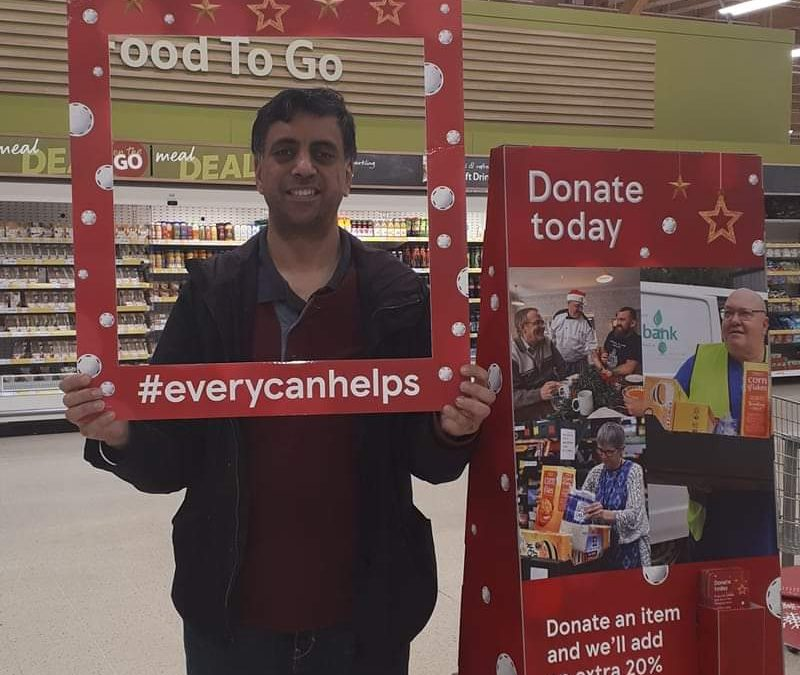 Sandwell Lions Collect for the Smethwick Food Bank
